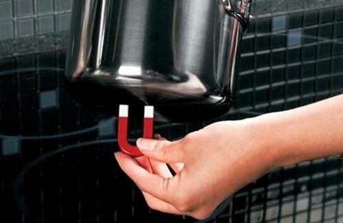 Không nên dùng nồi đáy từ cho bếp gas