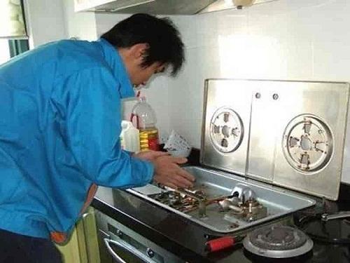 Sửa bếp gas âm Teka không đánh lửa