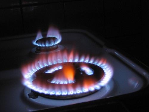 Nguyên nhân và khắc phục bếp gas bị lửa đỏ